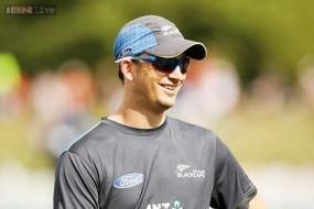 Shane Bond joins Daniel Vettori as Brisbane Heat coaching staff