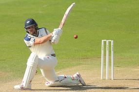 Aaron Finch, Cameron White called into CA XI squad for NZ tour match