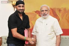 Harbhajan Singh invites PM Narendra Modi to his wedding