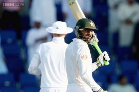 1st Test: Ton-up Shoaib Malik leads Pakistan's charge on Day 1