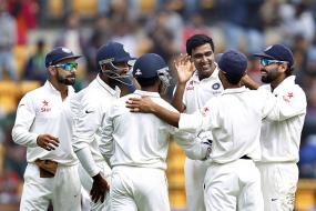 Twitter blasts Nagpur track after South Africa collapse to record low of 79