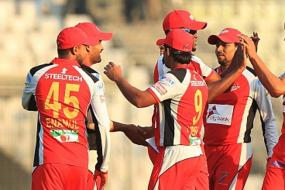 Four suspected bookies thrown out of stadiums during Bangladesh Premier League