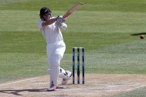 2nd Test: New Zealand on brink of victory after wild day against Sri Lanka