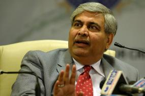 I am not an astrologer to predict on Indo-Pak series: Shashank Manohar