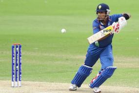 Unmukt Chand Scores a Ton for Delhi With Broken Jaw