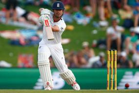 4th Test: Cook leads England's reply against South Africa's 475