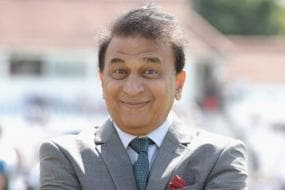 Sunil Gavaskar Does the Snake Dance; B'desh Fans Are Far From Impressed