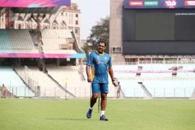 Waqar Younis to Hold Weekend Camp For Bowlers at Gaddafi Stadium