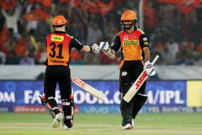 Warner, Mustafizur Star in Hyderabad's Five-Wicket Win Over KXIP