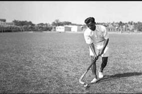 Tendulkar Joins Other Top Cricketers in Paying Homage to Hockey Genius Dhyan Chand on National Sports Day