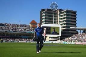 Run Records Fuel Fears over Bat-ball Balance in Cricket