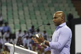 Jayasuriya Insists on 'Integrity & Transparency' in Wake of Anti-Corruption Unit Charges