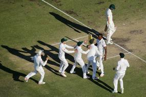 Australia Facing Defeat in the First Test Against South Africa at WACA