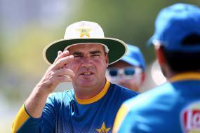 Pakistan Coach Mickey Arthur Plots Demise of Former Team Australia