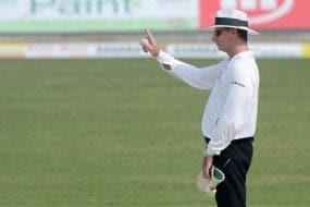 Umpire Paul Reiffel Misses Rest of Mumbai Test Following Concussion