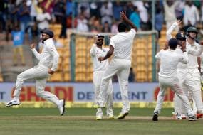 India Beat Australia in Bengaluru: Twitter Flooded With Good Wishes