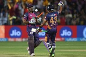 Dhoni Showed How to Hit Sixes & It Was a Pleasure: Manoj Tiwary