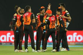 IPL 2017: Bhuvneshwar Takes 5-for, Eclipses Manan Vohra Blitz