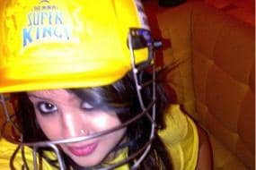 Sakshi Dhoni Still Bleeds Yellow, Cannot Get Over CSK Days
