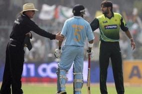 Gautam Gambhir Wants Shahid Afridi to Recover at the Earliest
