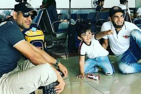 MS Dhoni Has a Ball Playing on the Airport Floor With Tahir's Son