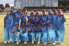 Ravi Shastri Leads the Way as Men in Blue Wish Mithali Raj & Girls