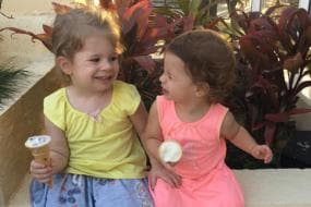 David Warner Shares Daughters' Expression as They Have Ice-cream