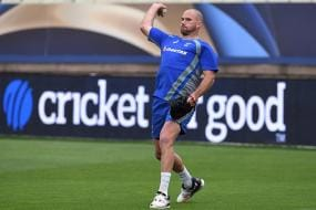 John Hastings Suffers Foot Injury While Playing for Worcestershire