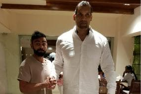When The Great Khali Towered Over Virat Kohli