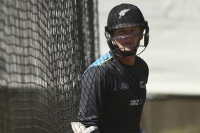 Henry Nicholls to Captain New Zealand A in India