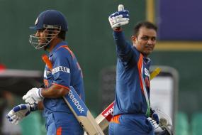 Sehwag Does a Dhoni, Plays the Trademark 'Helicopter Shot'