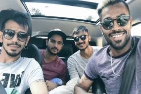 Hardik Pandya, Chahal, Manish and Axar Reach Pune in Style