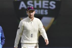 Root Signs Extension with Yorkshire, Burns Commits to Lancashire