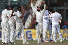 Kohli's Attitude Helped India Win Johannesburg Test, Reveals Shastri