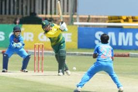 Indian Batting Collapse Allows Proteas Women to Keep Series Alive