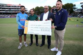 Kohli and Boys Donate to Help Capetonians Fight Water Crisis