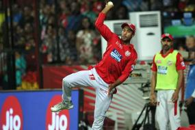 IPL 2018: Catches Win Matches - KXIP's Mayank Agarwal & Manoj Tiwary Show How