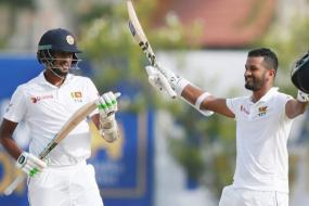 Karunaratne Carries Bat for SL With 158 on First Day Against SA