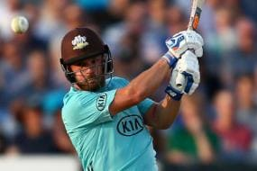 Aaron Finch Smashes Ton to Power Surrey to Victory