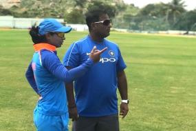 Mithali & Harmanpreet Meet BCCI Top Brass Separately, Powar Summoned on Wednesday