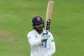 Vijay Signals Return to Form with a Century For Essex