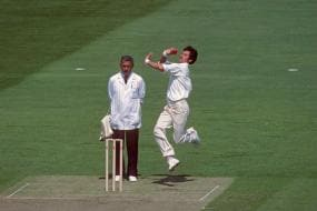 9th November, 1985: Richard Hadlee Wreaks Havoc on Australia With Figures of 9/52