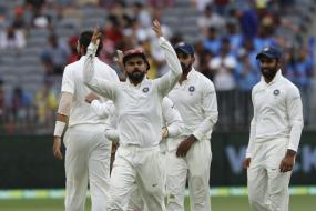 India vs Australia, 3rd Test Day 2 in Melbourne: Australia Trail by 435 Runs at Stumps