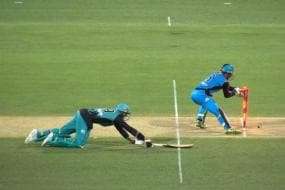 Big Bash: Fielding Team Recalls Batsman After Blatant Error by Third Umpire
