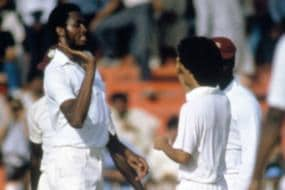 3rd December 1986: Courtney Walsh Destroys Lanka with 5/1