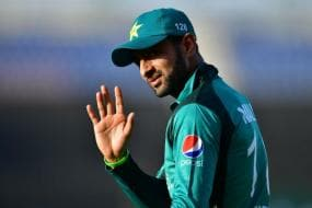 England vs Pakistan 2020 | Shoaib Malik Expected to Join Pakistan Squad on August 15