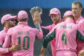 Improved Pakistan Look to Level Series as History Backs Hosts in Pink ODI