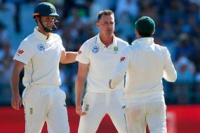 South Africa Within Touching Distance of Victory Despite Wagging Pakistan Tail