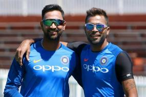 Hardik Pandya and Krunal Pandya Take Chartered Flight to Ranchi to Wish MS Dhoni on Birthday