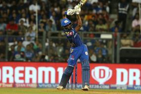 IPL 2019 | Pandya, Russell Hitting Leaves Twitter Astonished